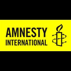 Créée en 1961 par Peter Benenson, Amnesty International est un mouvement mondial et indépendant rassemblant des personnes qui œuvrent pour le respect, la défense et la promotion des droits humains.