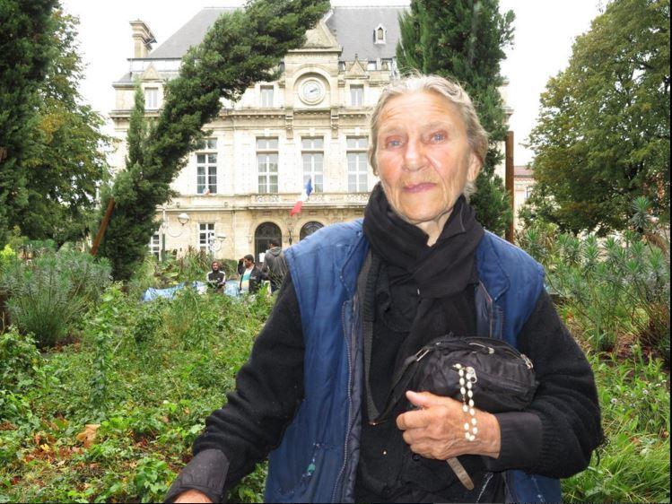 La Courneuve : Francesca, 17 ans d'errance et de bidonvilles