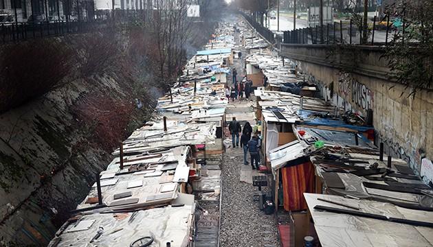 «Ceci n'est pas un camp de Roms, c'est un bidonville»